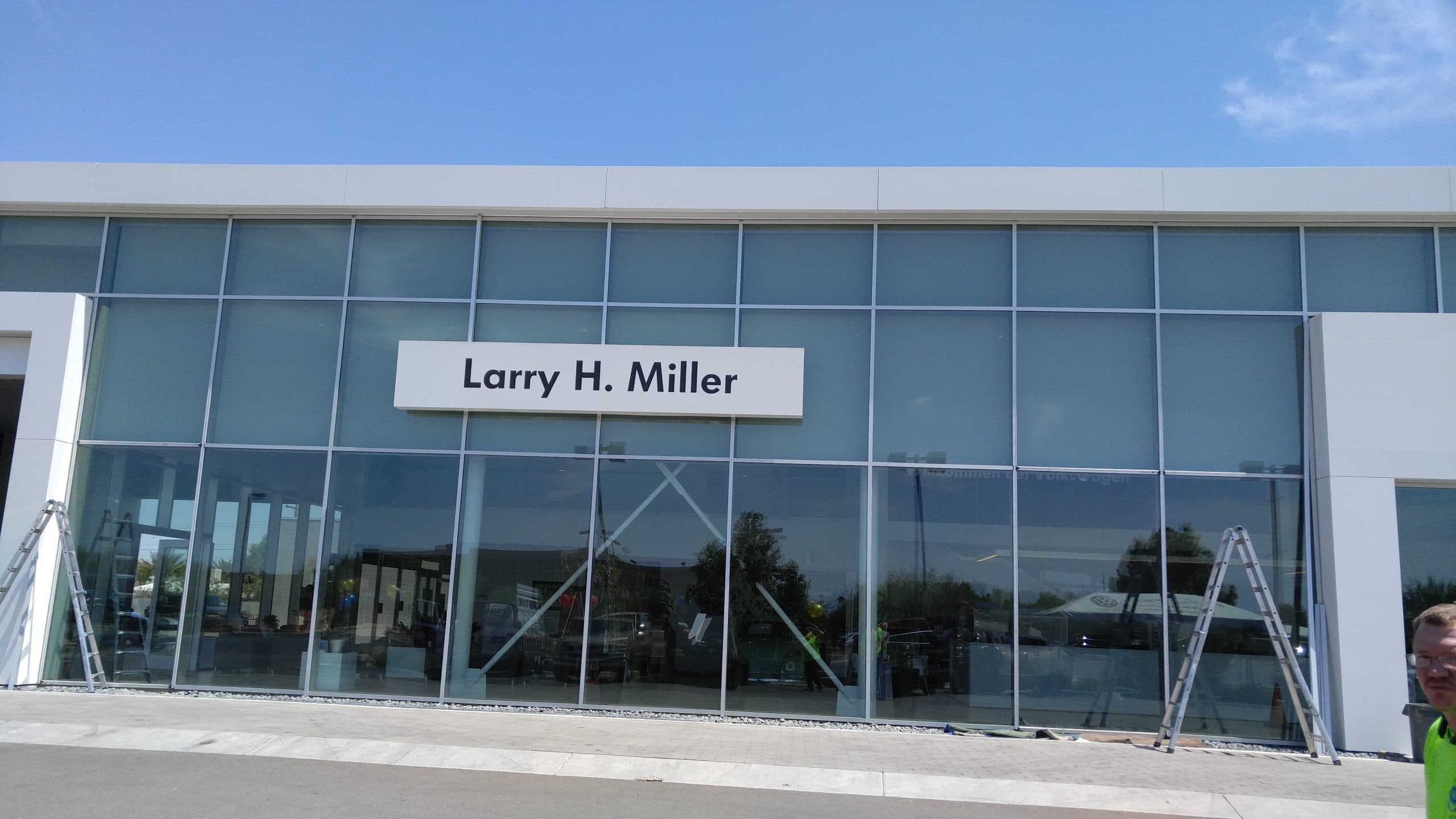 Auto dealership exterior with Tucson windows and aluminum work